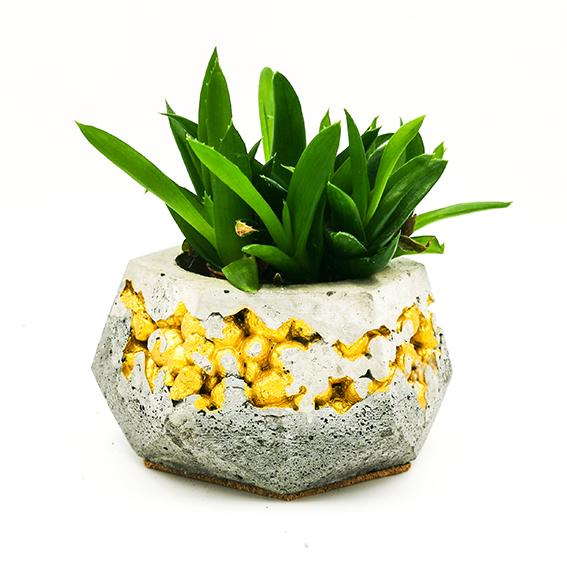 Concrete Planter kintsugi