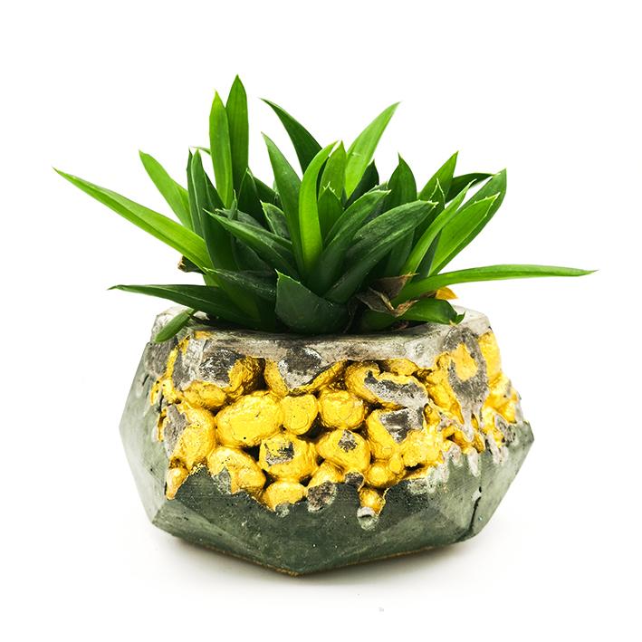 Beton Pflanzer Kintsugi